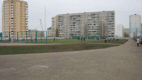 Стадион школы №36 после субботника