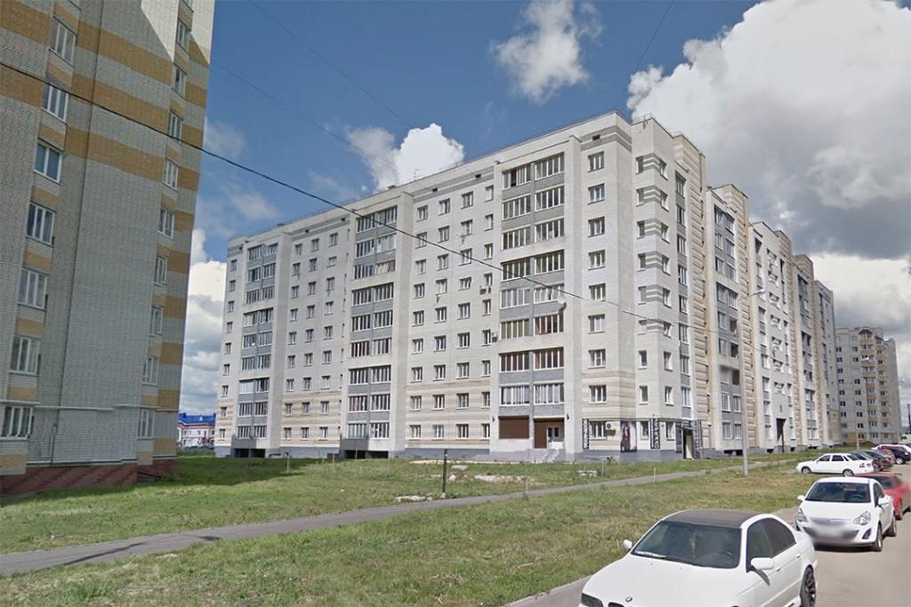 Дом № 10 по ул. Ореховой в Тамбове