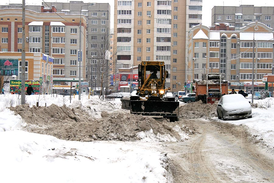 Уборка улицы Ореховой