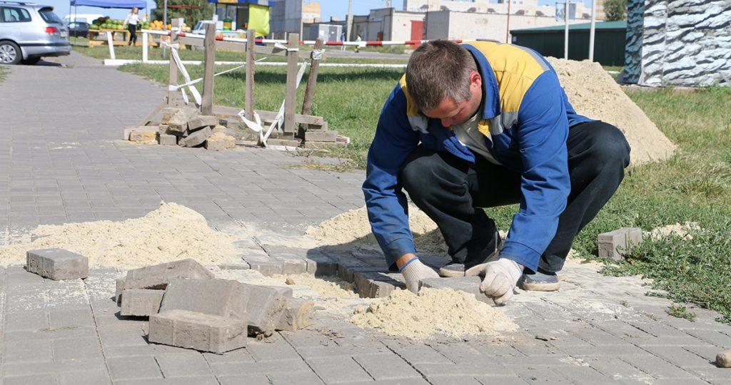 Ремонт тротуаров на Рылеева, фото Элеонора Соса
