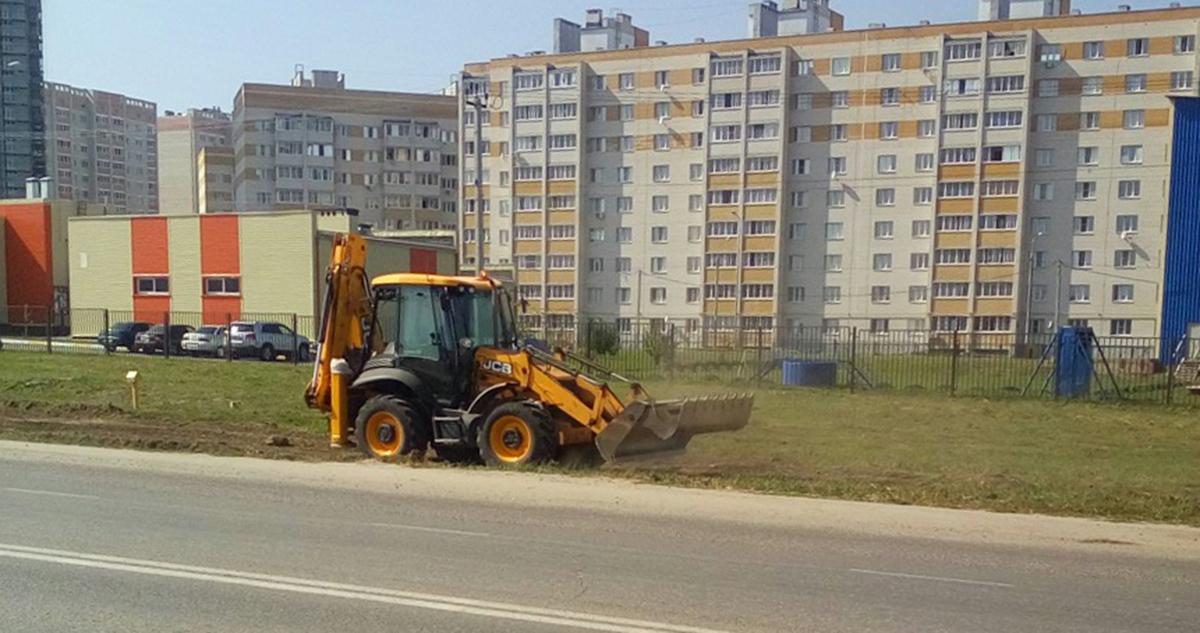 Строительство тротуаров на Агапкина. Фото Павла Мухортова