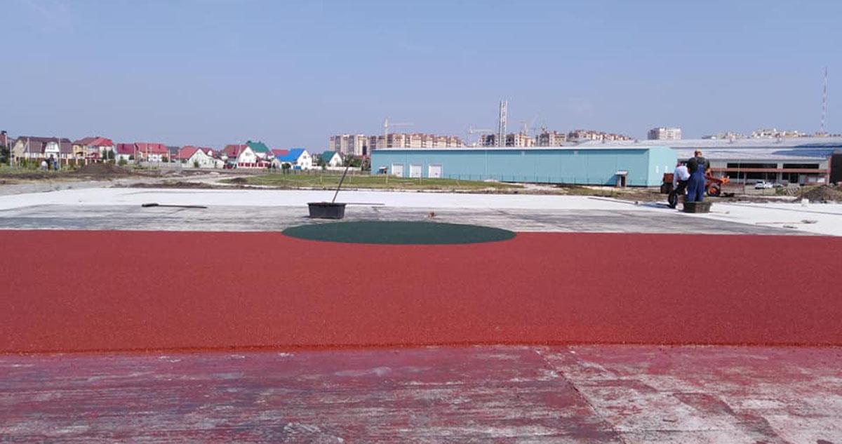 Обустройство спортивной площадки. Фото Ольги Грипич