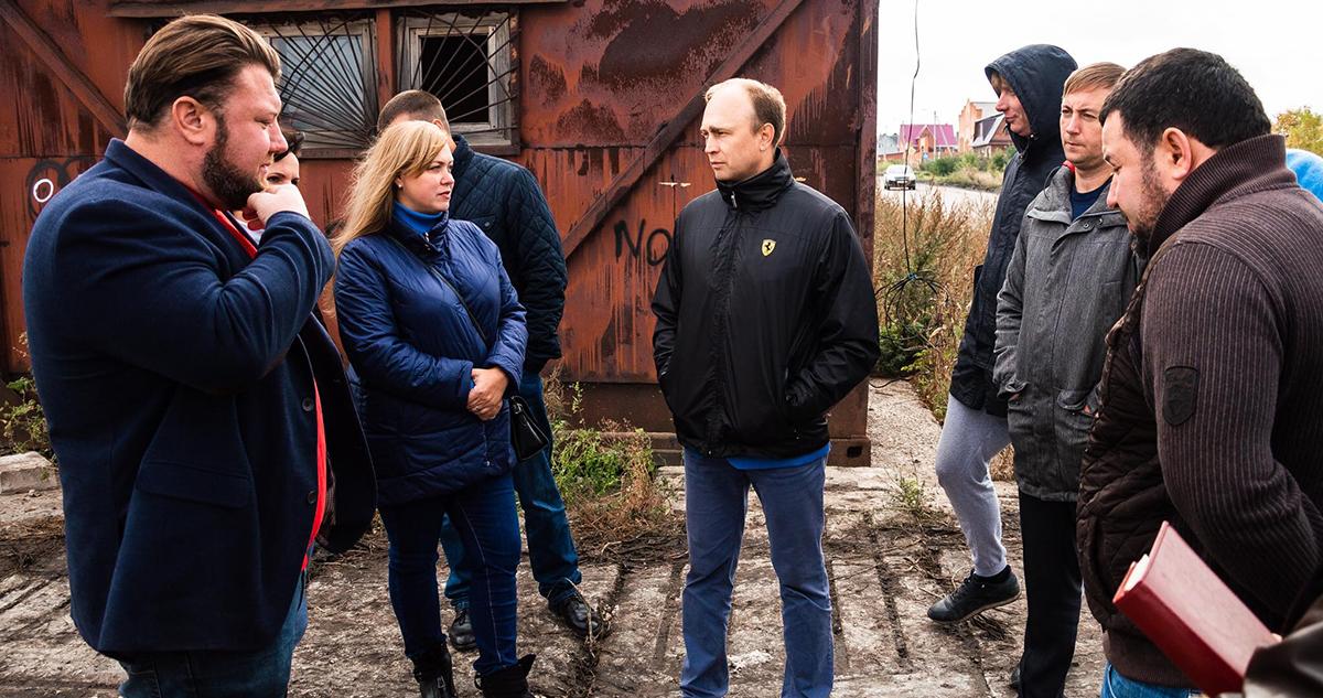 Глава Алексей Бородин и представители инициативной группы