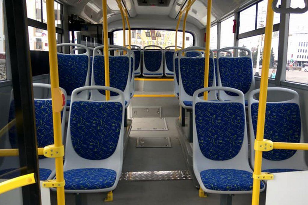 Новые автобусы. Фото Игоря Чеханова