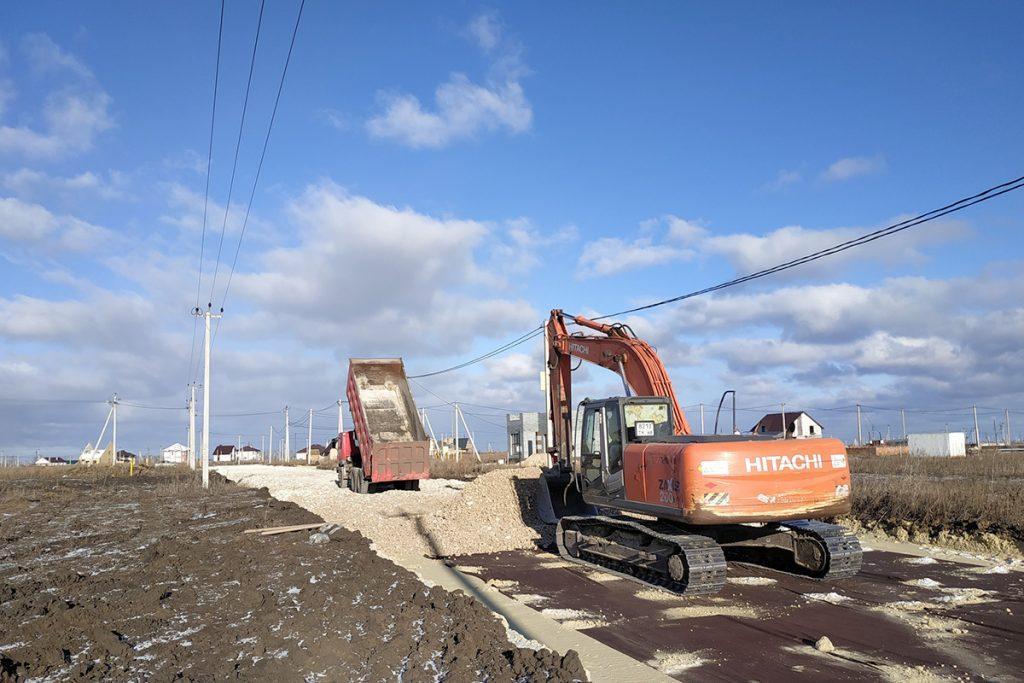Строительство дорог в Майском, улица Козьмы Пруткова