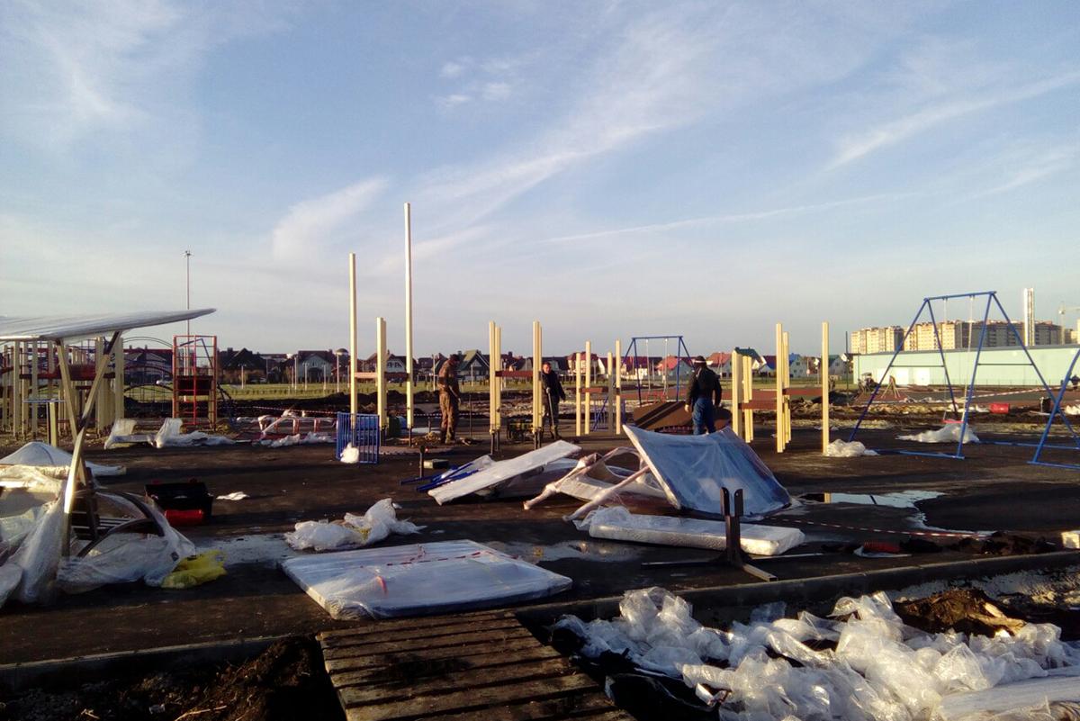 Монтаж площадок  в Олимпийскорм парке