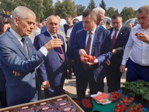 Геннадий Онищенко на Дне садовода в Мичуринске