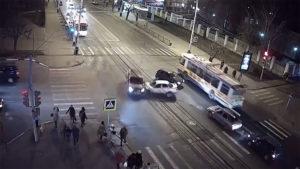 ДТП 26 ноября около 6 часов вечера на пересечении улиц Астраханской и Советской