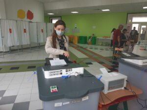 Голосование по поправкам в Конституцию в школе Сколково - Новый Тамбов