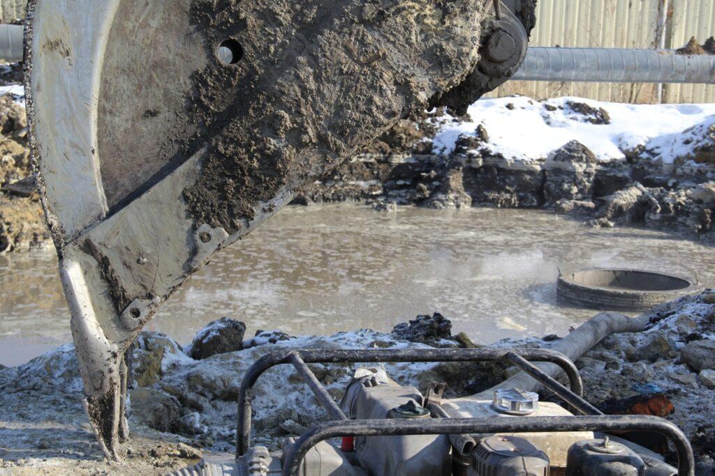 Авария на сетях водоснабжения, фото ТКС
