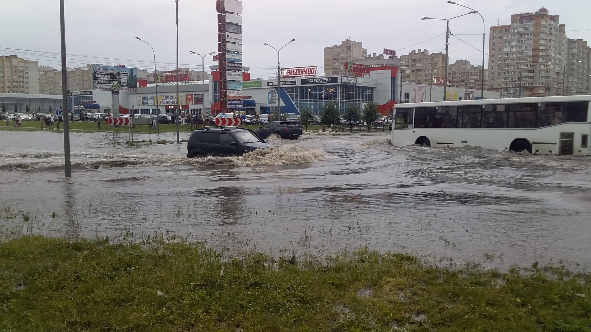 Ситуация на севере Тамбова после дождя - фото Александра Попова