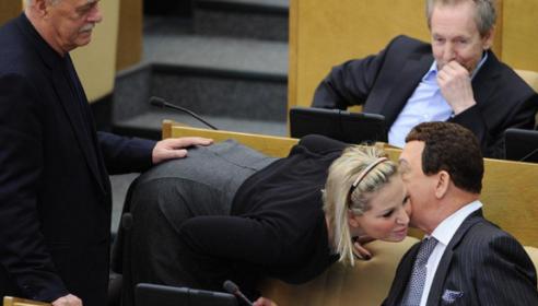 Чиновников будут проверять на вменяемость. Фото РИА Новости.