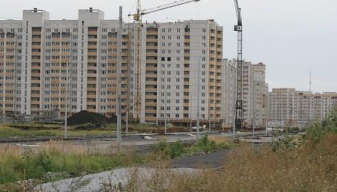 Опасные башенные краны в мкр Московский