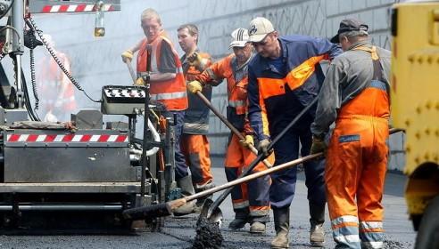 На строительство и содержание дорог в 2013 году депутаты Гордумы выделили 579 млн рублей
