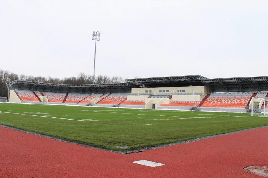 """Стадион """"Электрон"""" в Великом Новгороде. Именно на этом поле и состоится матч 18-го тура между """"Тосно"""" и """"Тамбовом"""""""