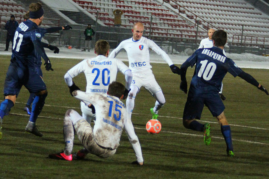 """Погода не совсем футбольная, а футбол """"Тамбов"""" показал самый лучший, на данный момент, во втором круге"""