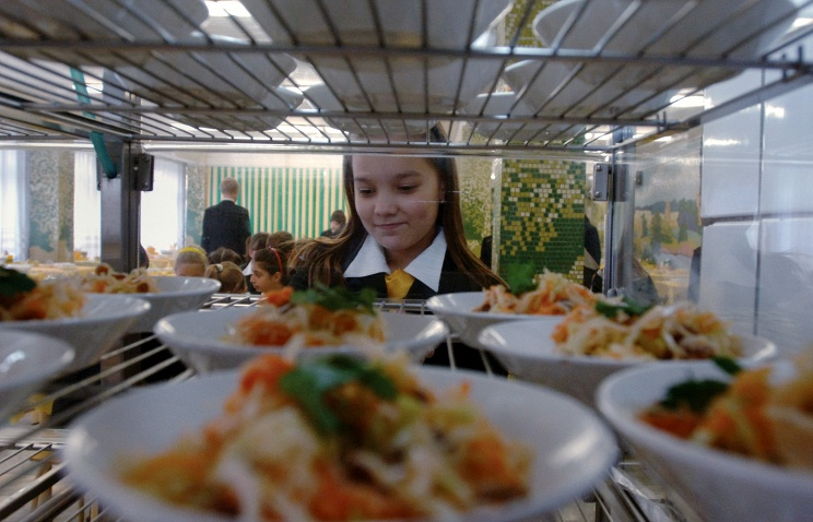 Питание в школьных столовых. Фото ИТАР ТАСС