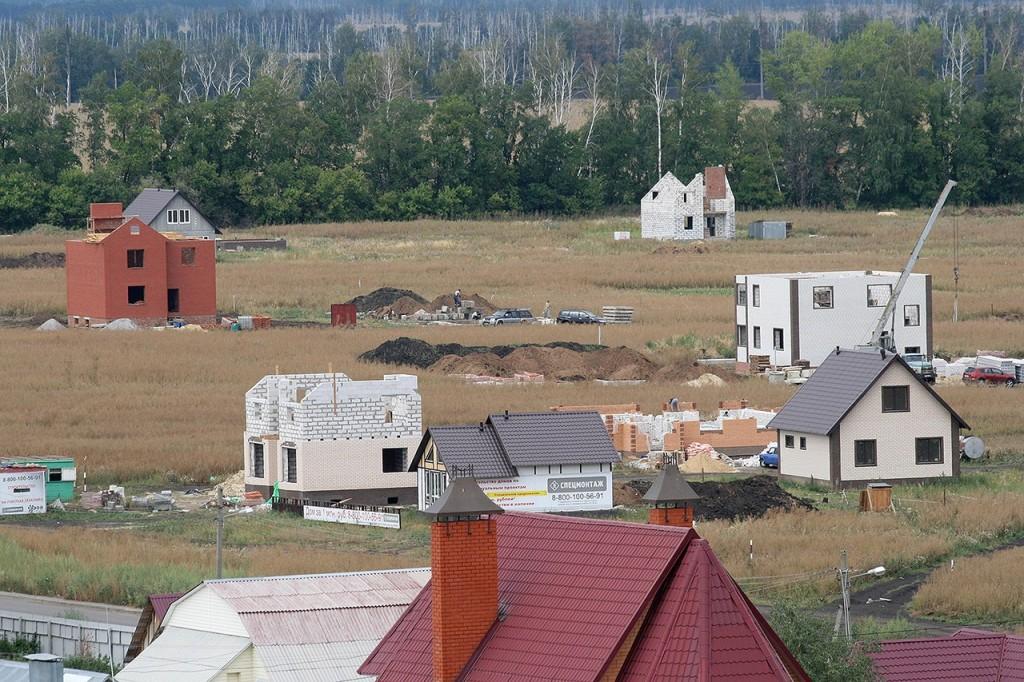 Строительство домов в микрорайоне Майский