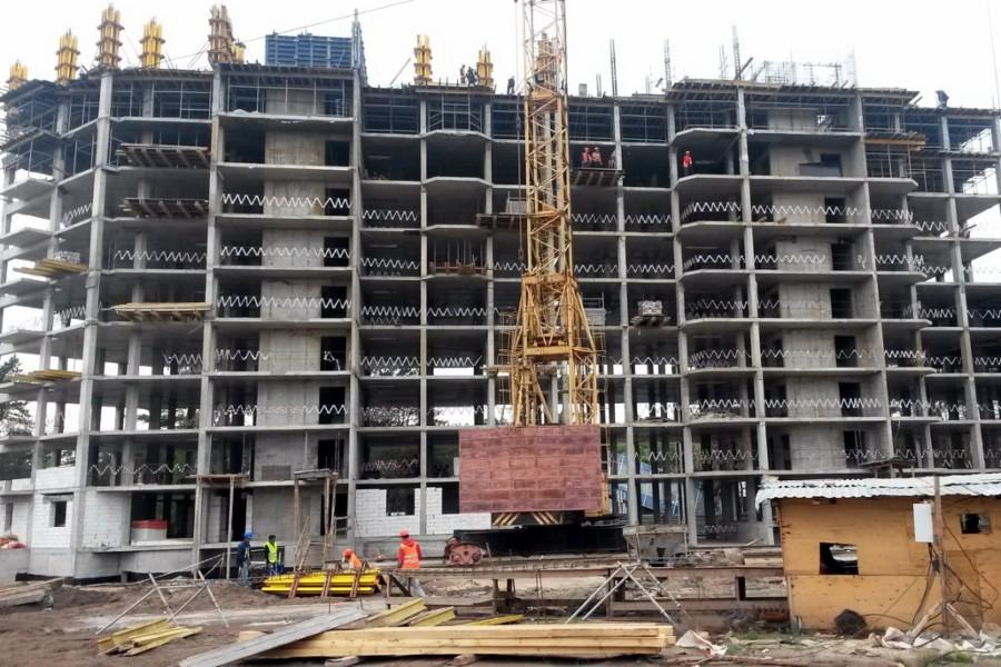 Строительство многоквартирного жилого дома. Фото pgu.govvrn.ru