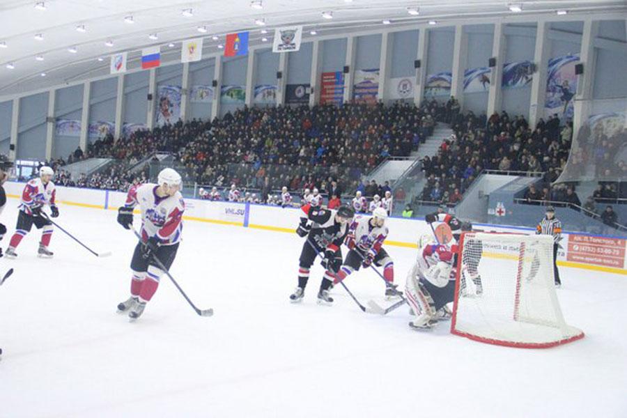 ХК «Тамбов» начал плей-офф с победы