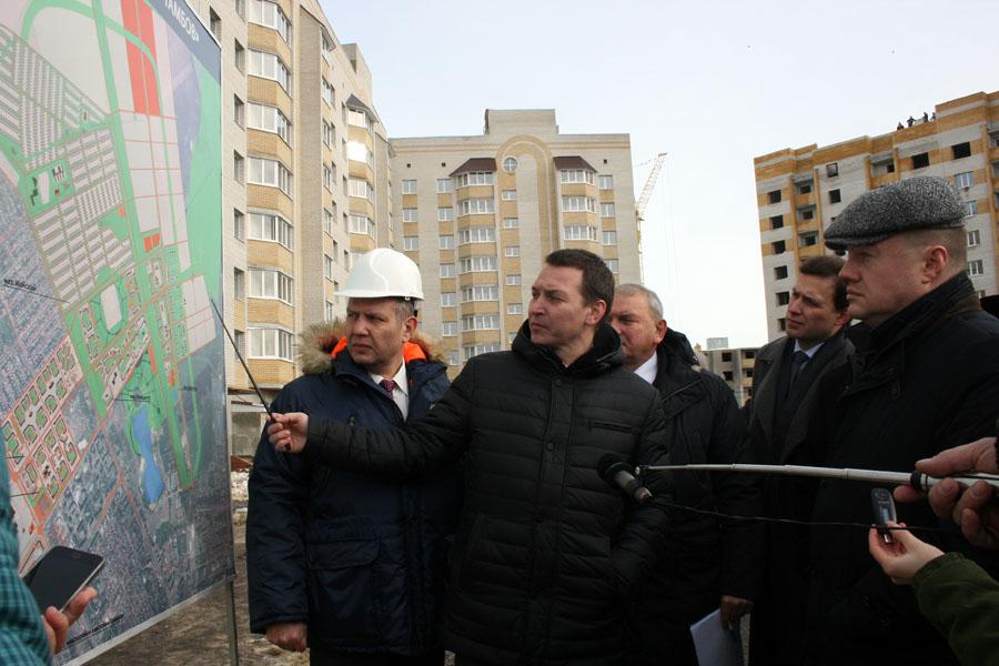 Александр Филатов и Александр Никитин в микорайоне Телецентр