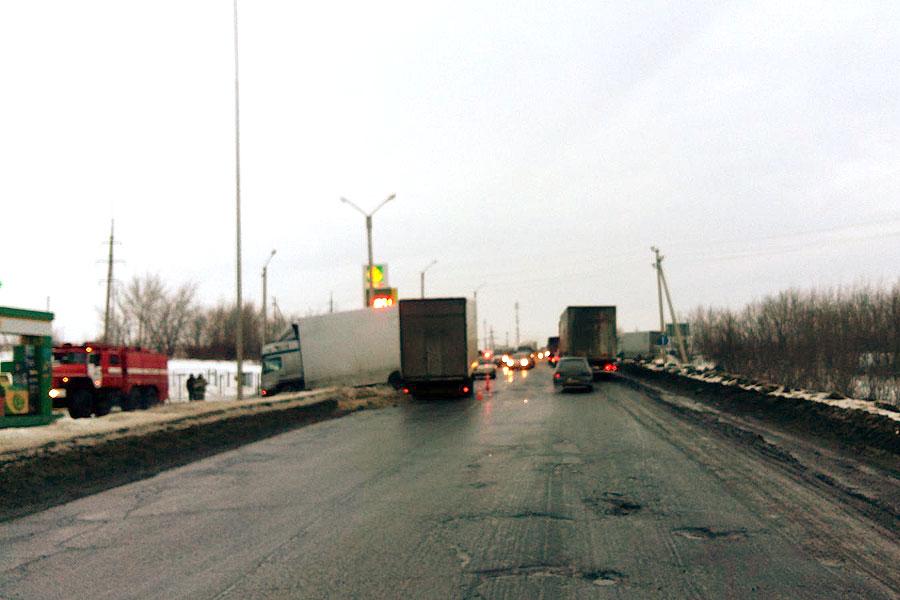 2 февраля, 16:00. ДТП на пятом километре автодороги «Тамбов — Котовск — Покрово-Пригородное через КПД»