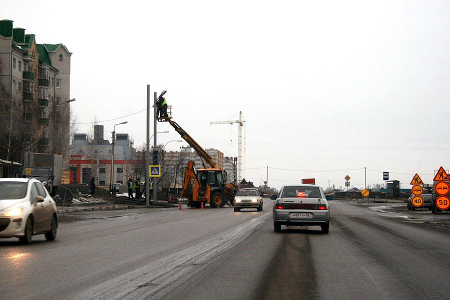 """Напротив ТРЦ """"Европа"""" на улице Рылеева в Тамбове появился новый светофор"""