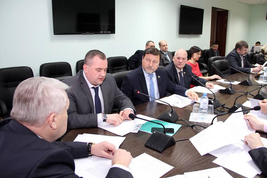 Заседание комитета по законодательству в Тамбовской областной Думе