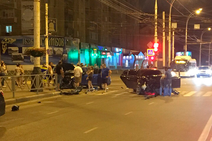 ДТП на Чичканова 28 июля 2018 г.