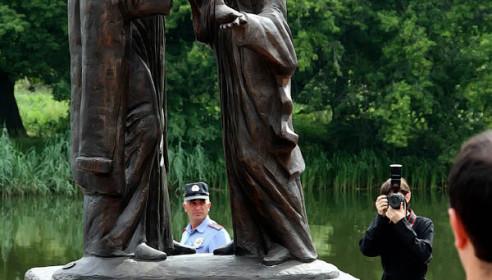 На Набережной Тамбова открыли памятник Петру и Февронии. Фото М.Карасева