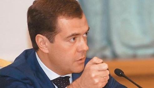 Медведев намерен вновь стать президентом. Фото ansar.ru