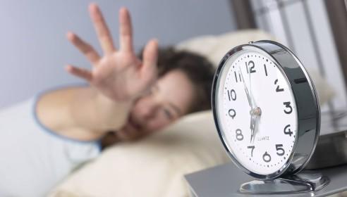 В 2012 году часы в России могут перевести на 2 часа