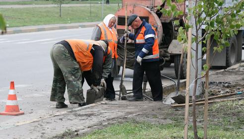 Коммунальщики занизили бордюры на перекрестке улиц Чичерина и Ореховая в Тамбове
