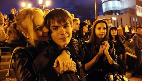 Запуск небесных фонариков/Фото М. Карасев (vetumtrud.livejournal.com)