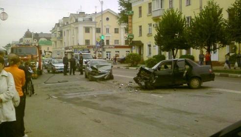 Авария на Карла Маркса 2 сентября 2012