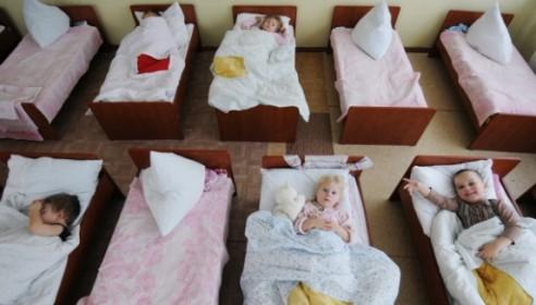 Ливанов пообещал ликвидировать очереди в детские сады к 2015 году