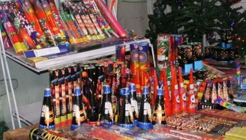 Продажу новогодних фейерверков и петард могут запретить