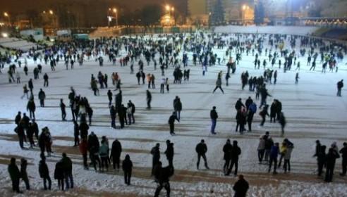Ледовый каток на стадионе Спартак. Фото tmbv.info