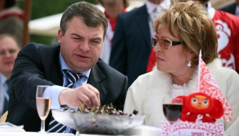 Сердюков сохранил статус свидетеля в деле «Оборонсервиса»