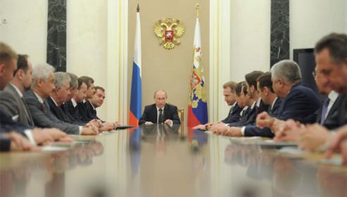 Приближенные президента назвали неэффективных министров