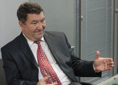 Губернаторам в России запретят быть партийными