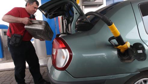 Дефицит бензина в России к 2015 году вырастет до 3,7 млн тонн