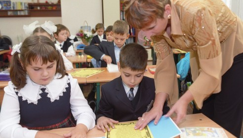 Тамбовским учителям прибавят зарплату