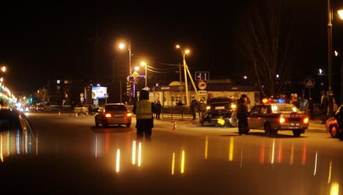 ДТП в Тамбове на Карла Маркса 13.02.2013. Фото Дмитрий Кот.