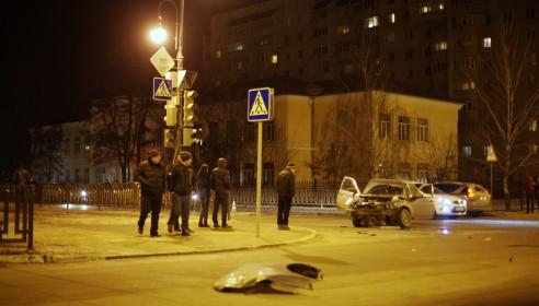 ДТП в Тамбове на Карла Маркса 13 февраля 2013. Фото Дмитрий Кот.