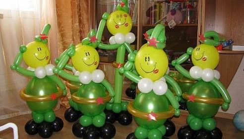 Солдаты из надувных шариков