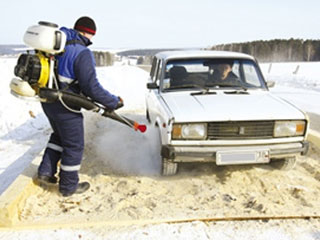 Все автомобили, въезжающие в Тамбовскую область, дезинфицируют от страшной заразы