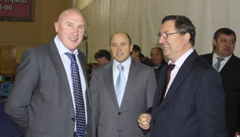 Андрей Попов и губернатор Олег Бетин