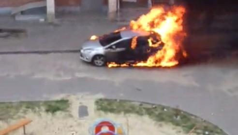 Сгорела машина на Чичерина,54 в Тамбове