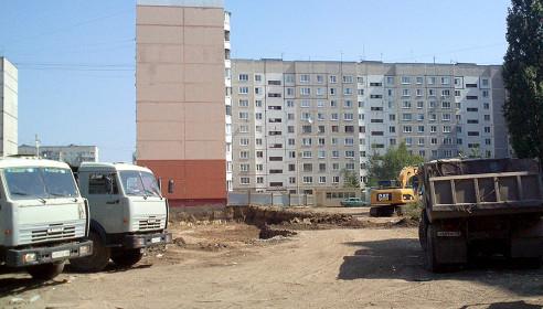 """Строительство многоэтажного домана Чичерина за ТЦ """"Апельсин"""""""